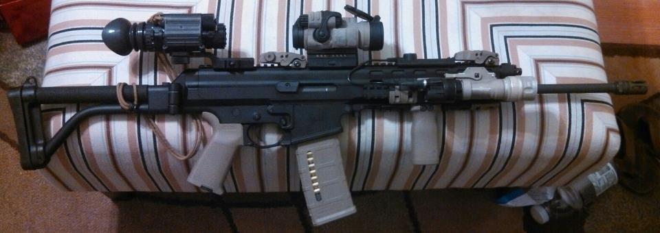 My XCR-L with a few accessories-7171_579036821321_1407544991_n.jpg