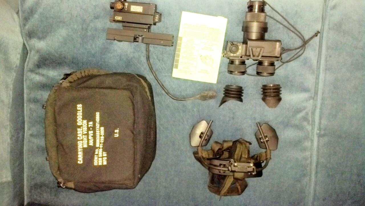 WTS:  AN/PVS-7A Night Vision Goggles w/extras!-img_0703.jpg